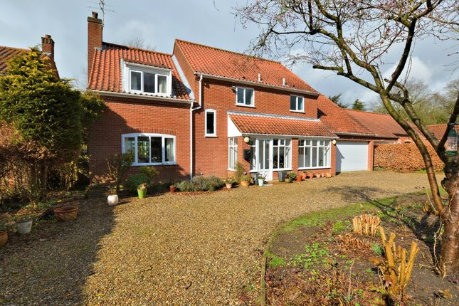 Thumbnail Detached house for sale in Vicarage Meadows, Dereham