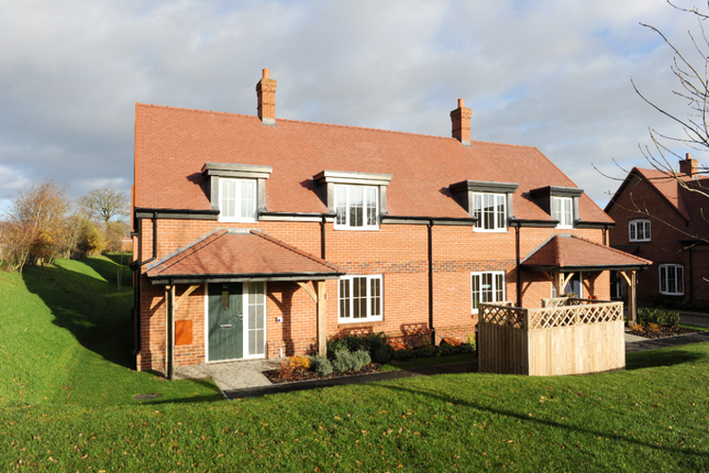 Thumbnail Cottage for sale in 23 Polo Drive, Cawston, Rugby