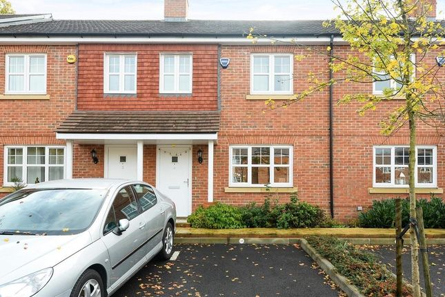 Thumbnail Property to rent in Limes Close, Redhill