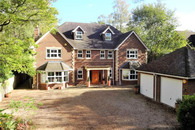 Thumbnail Property for sale in Hollybush Ride, Finchampstead, Berkshire