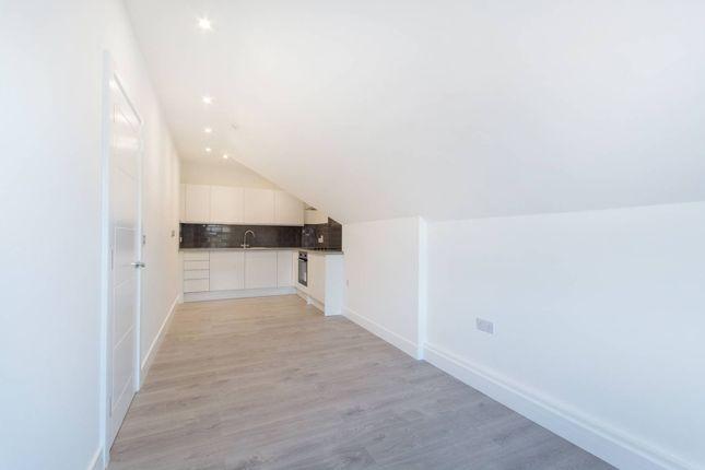 Thumbnail Flat for sale in Waddon Road, Croydon