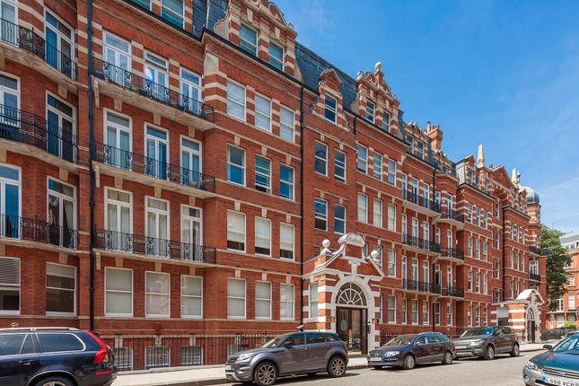 Thumbnail Flat for sale in Kensington Court, Kensington