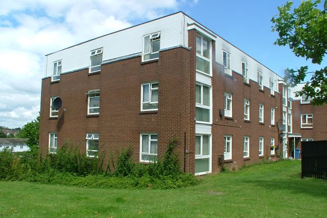 Thumbnail Flat for sale in Sycamore Field, Harlow