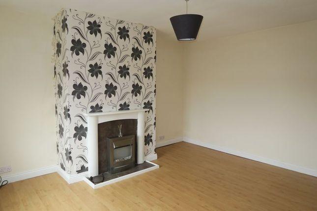 Living Room of Bradford Road, Birstall, Batley WF17