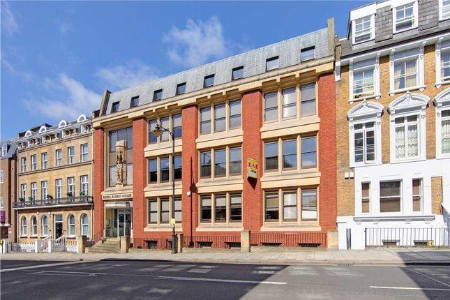 Thumbnail Office to let in Royal Albert House, Sheet Street, Windsor