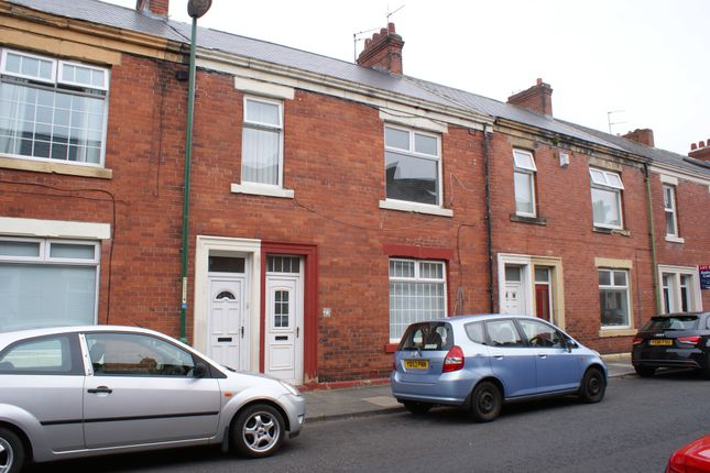 Thumbnail Flat to rent in Northbourne Road, Jarrow, Tyne & Wear