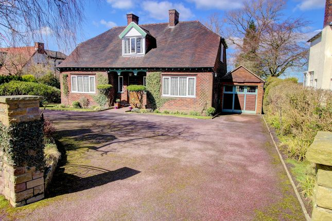 Thumbnail Detached house for sale in Barracks Lane, Macclesfield