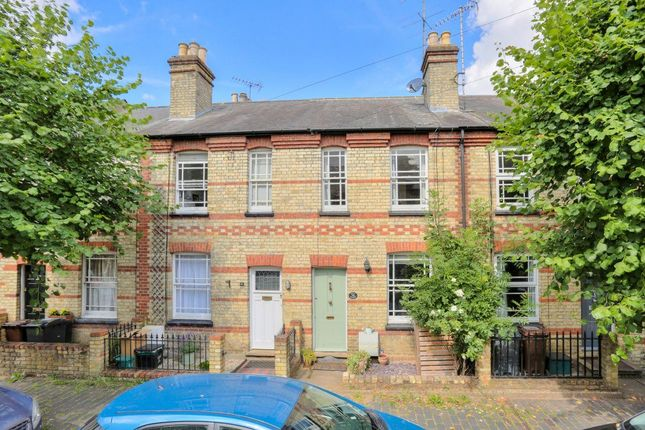 Thumbnail Cottage to rent in Oster Street, St.Albans