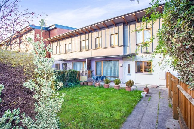 Thumbnail Terraced house for sale in Brunel Mews, London