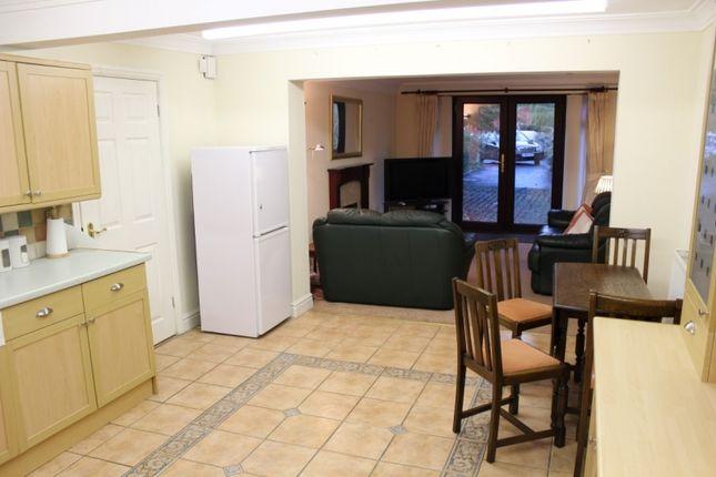 Kitchen of Rowen Court, Aigburth L17