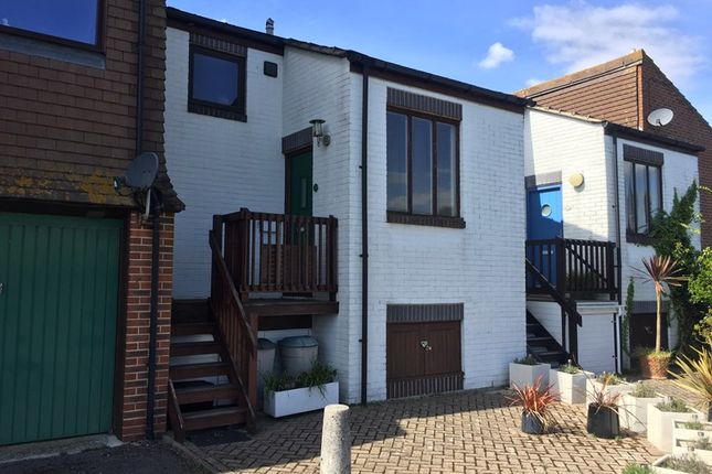 Thumbnail Terraced house to rent in Rampart Row, Gosport