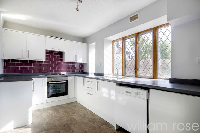 3 bed semi-detached house to rent in Brocket Way, Chigwell IG7
