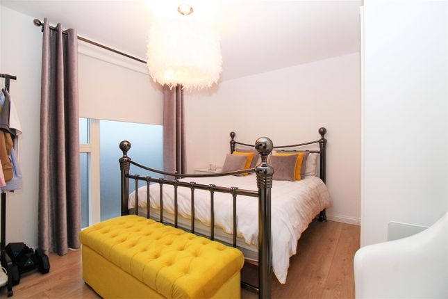 Bedroom of Station Approach South, Welling DA16