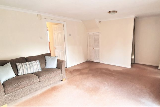 3 bed terraced house to rent in Hatherton Way, Chester CH2