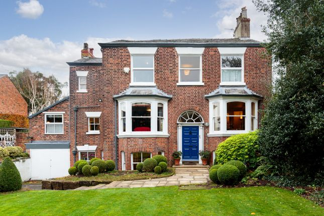 Thumbnail Detached house for sale in New Road, Lymm