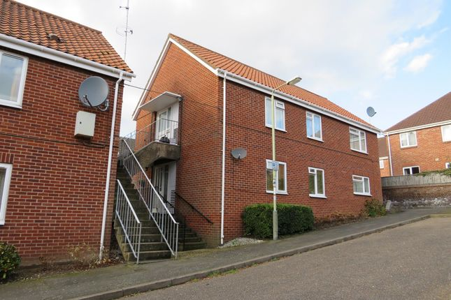 Thumbnail Flat for sale in Harcourt Close, Norwich