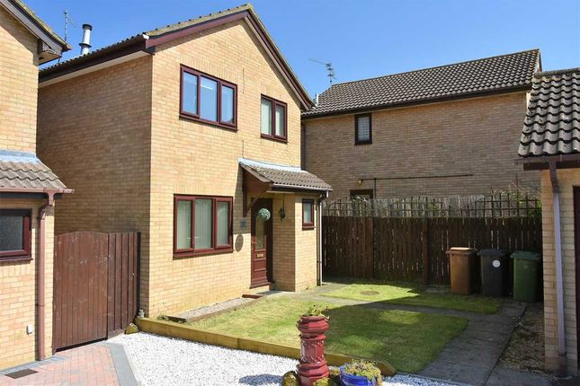Thumbnail Detached house to rent in Medway Drive, Wellingborough