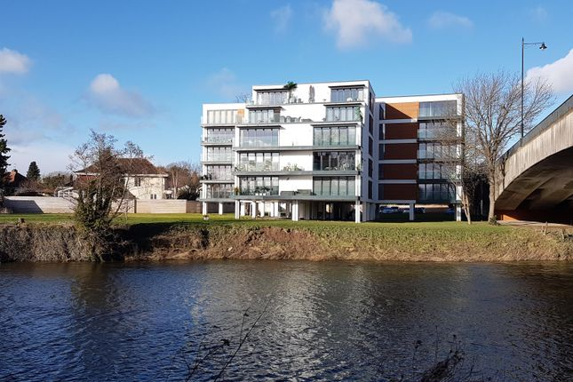 Flat for sale in Greyfriars Avenue, Hereford, Herefordshire