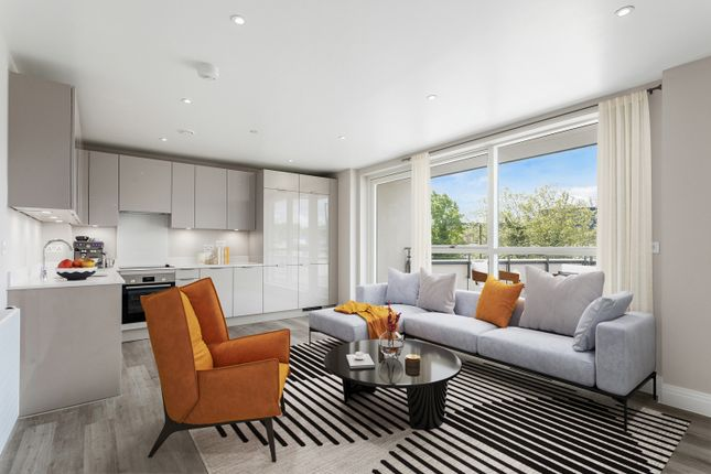 3 bed flat for sale in Station Road, New Southgate N11