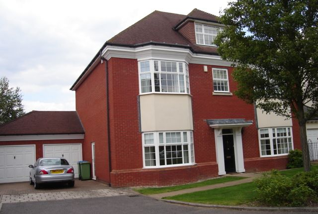 Thumbnail Detached house to rent in Jennings Close, St James Park, Long Ditton
