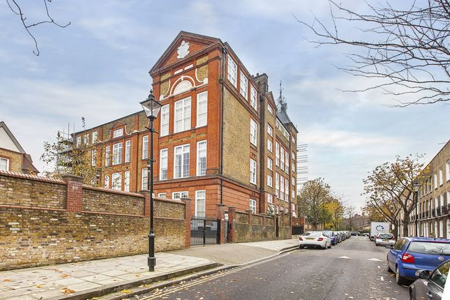 2 bed flat to rent in Batchelor Street, London