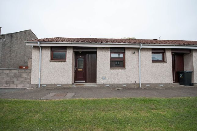 Thumbnail Bungalow to rent in Bloomfield Road, Arbroath, Angus