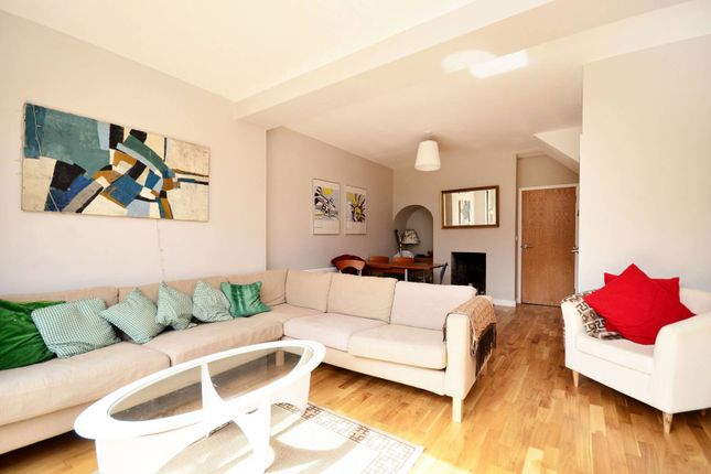 Thumbnail Property to rent in Crossthwaite Avenue, Denmark Hill