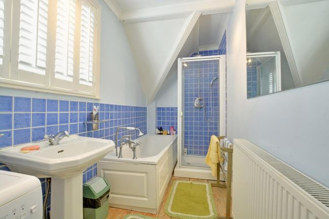 Bathroom of Macartney House, Chesterfield Walk, Greenwich, London SE10
