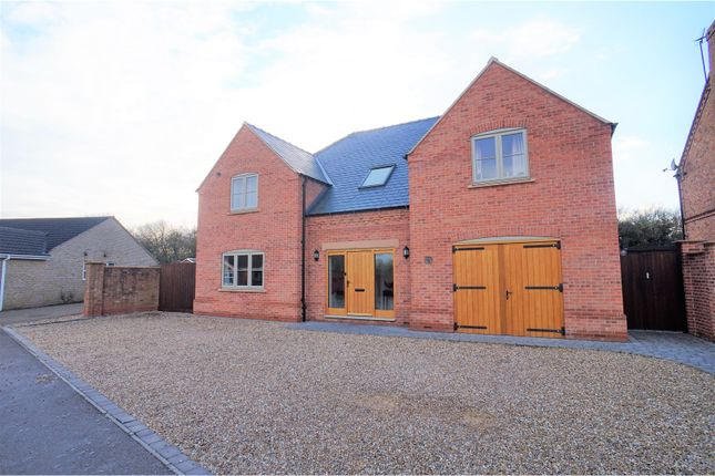Thumbnail Detached house for sale in Ashfield Grange, Saxilby