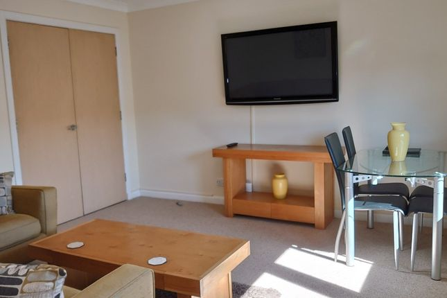 2 bed flat to rent in Grandholm Crescent, Bridge Of Don, Aberdeen AB22