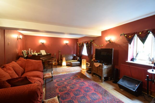 Lounge of Marle Hill, Stroud GL6