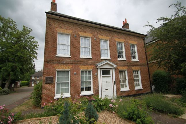 1 bed flat to rent in Acacia Mews, Harmondsworth, West Drayton, Middlesex