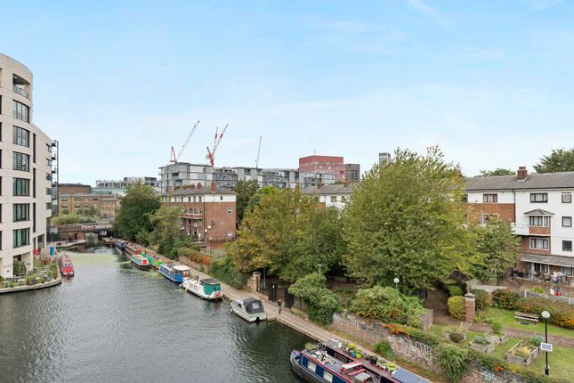 Thumbnail Flat for sale in Ice Wharf, London