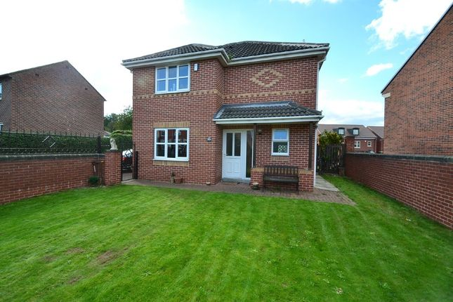 Thumbnail Detached house for sale in Kirkby Road, Hemsworth, Pontefract