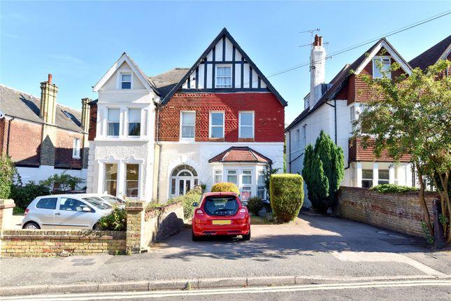 Thumbnail Flat to rent in Eardley Road, Sevenoaks, Kent
