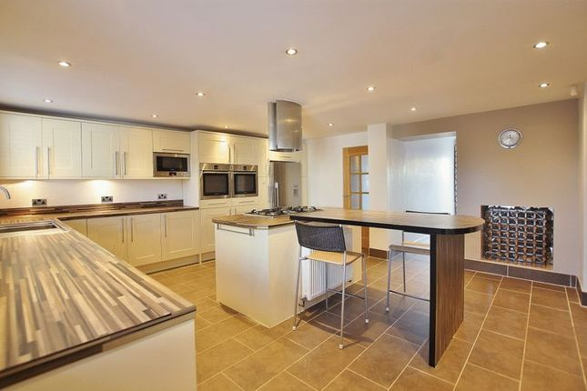 Thumbnail Detached house for sale in Telegraph Road, Heswall, Wirral