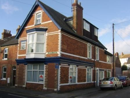 1 bed flat to rent in Hardwick Street, Park District, Weymouth, Dorset DT4