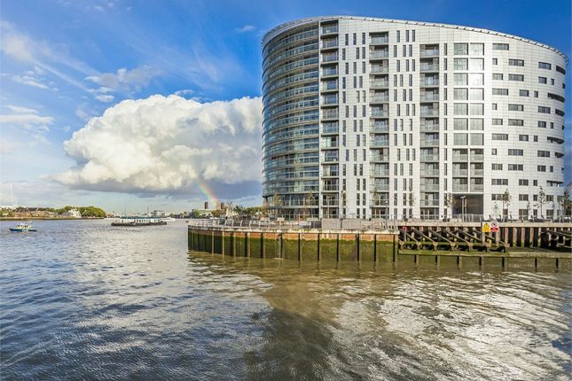 Thumbnail Property for sale in New Capital Quay, Dowells Street, Greenwich, London