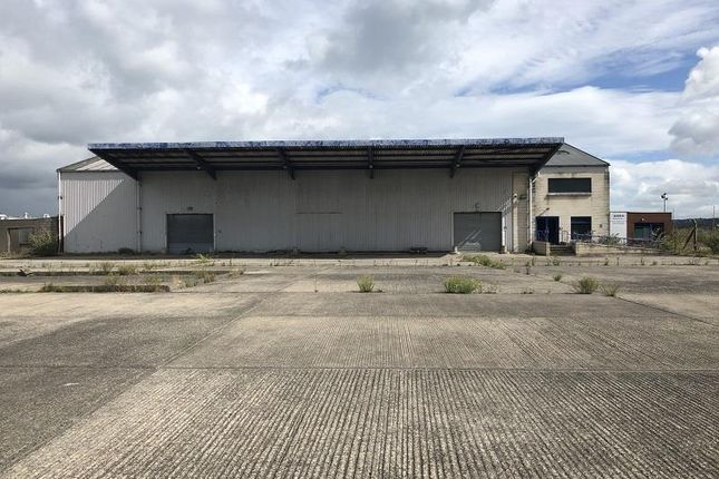 Thumbnail Warehouse to let in Moscow Road, Airport Road West, Belfast, County Antrim