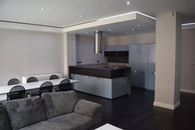Thumbnail Flat to rent in Britannia Street (1st Floor), Leeds
