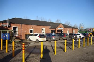 Thumbnail Office to let in Single Storey Offices, Ash Acres Indsutrial Estate, Draycott In The Clay, Derbyshire