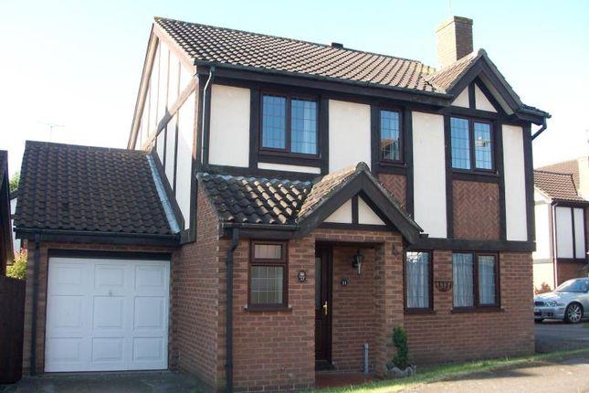Thumbnail Detached house to rent in Kestrel Way, Buckingham
