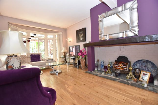 Thumbnail Terraced house for sale in Stradbroke Grove, Clayhall, Ilford