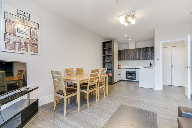 Thumbnail Flat to rent in West Gate, Ealing, London