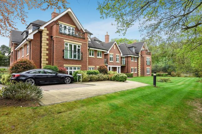 Thumbnail Flat for sale in Villiers House, London Road, Sunningdale, Berkshire