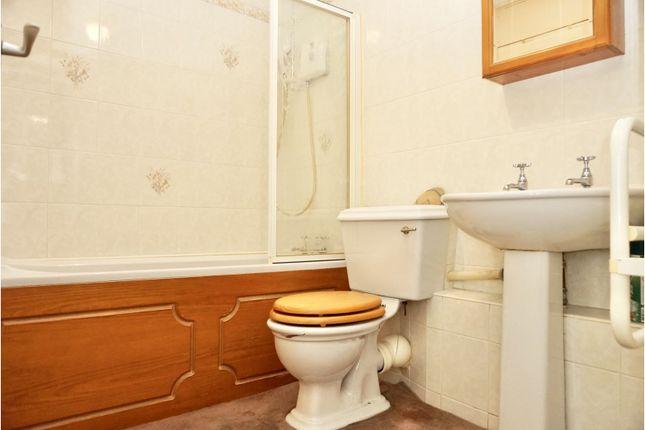 Bathroom of Lichfield Street, Tamworth B79