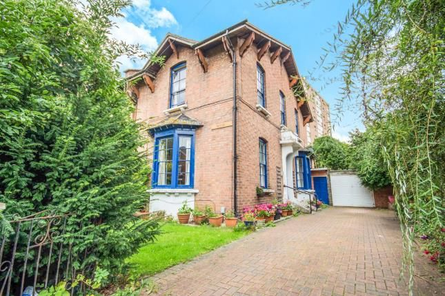 6 bed semi-detached house for sale in Claremont Road, Leamington Spa, Warwickshire, England
