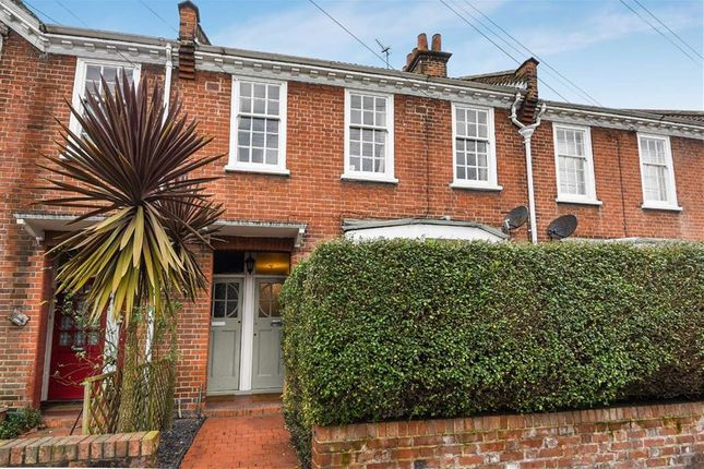 Thumbnail Flat for sale in Swaby Road, London