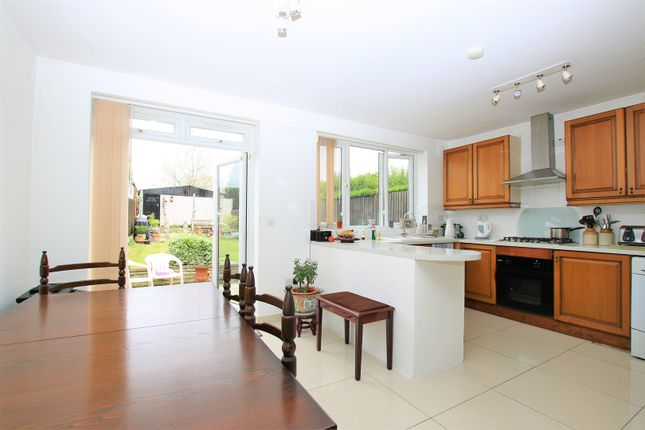 3 bed terraced house for sale in Clauson Ave, Northolt