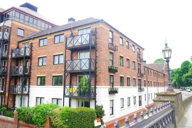 Thumbnail Flat for sale in Postern Close, Bishops Wharf, York